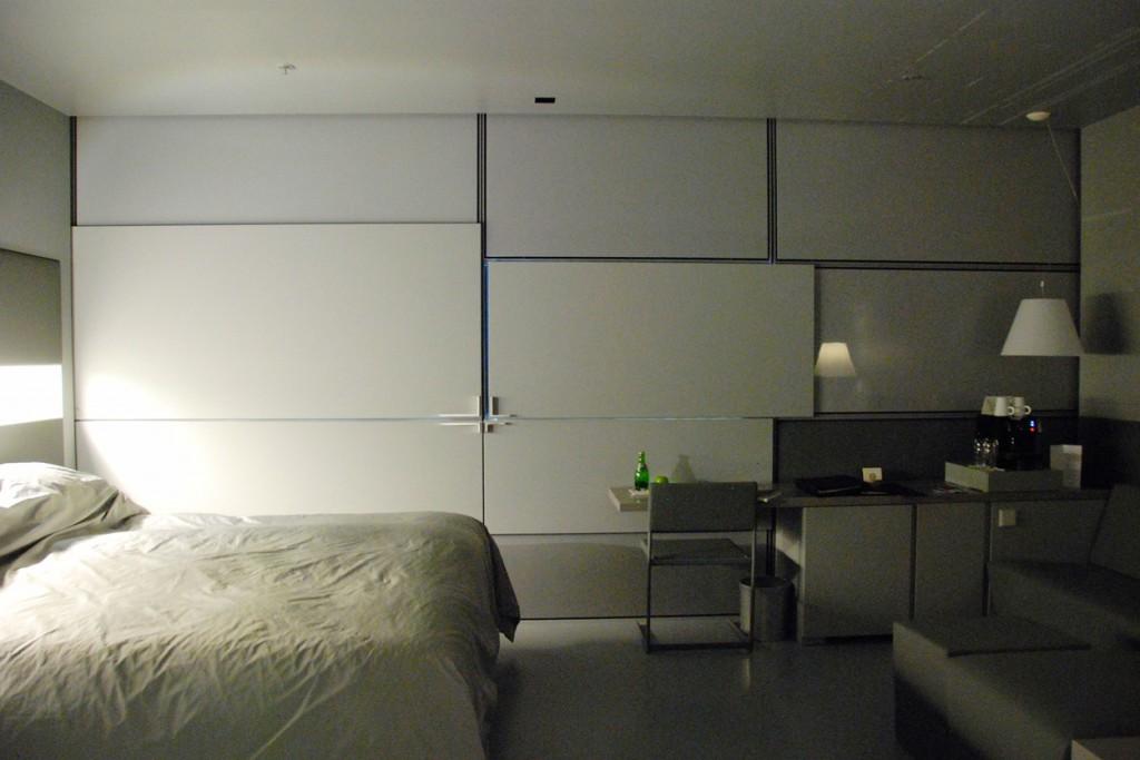 zimmerverdunkelung-sofitel-vienna-stephansdom-spektakulaeres-hotel-fuer-familien-in-wien